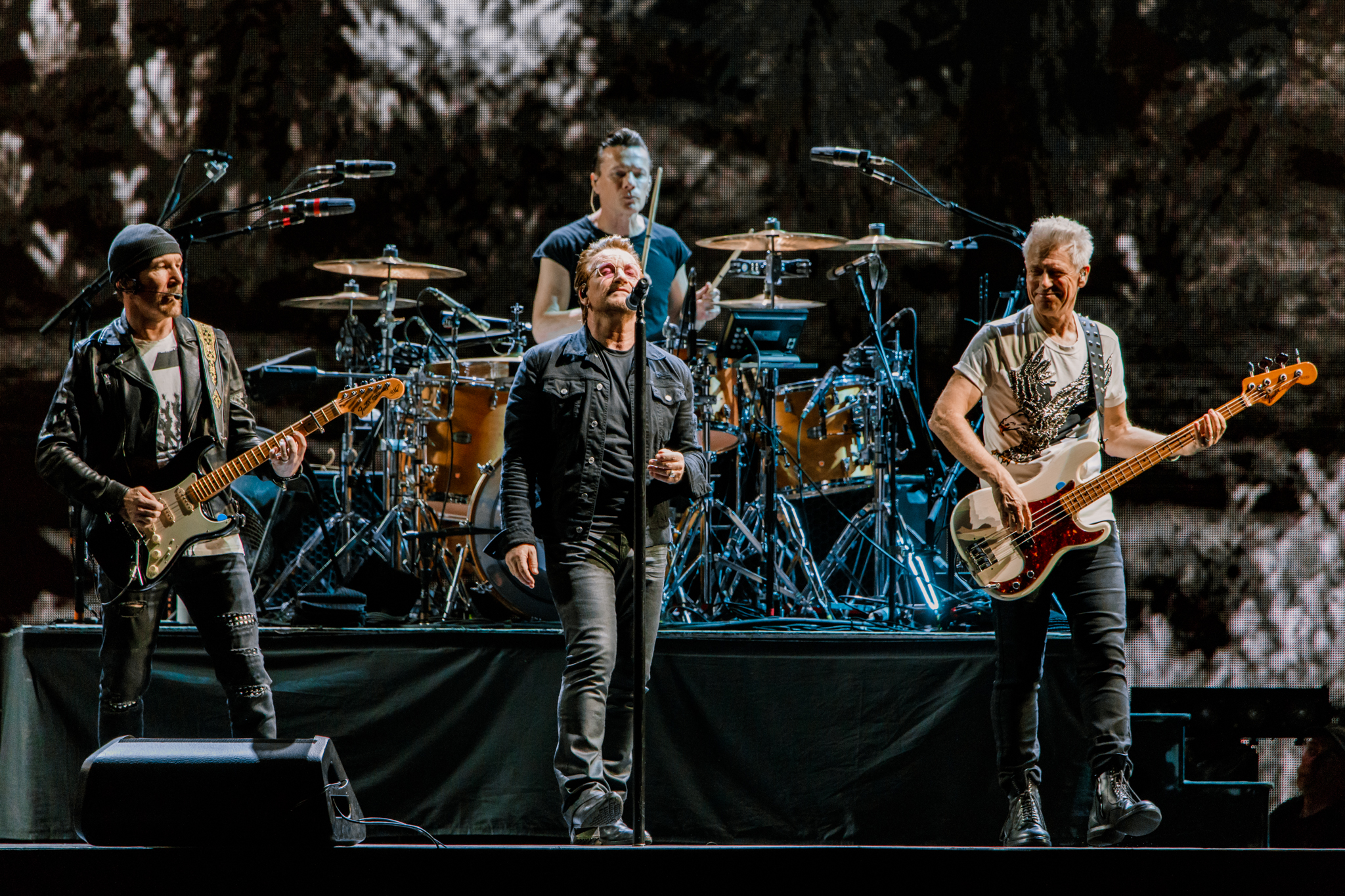 U2 performing at FedExField in Landover, MD on June 20th, 2017 (photo by Matt Condon /  @arcane93 )