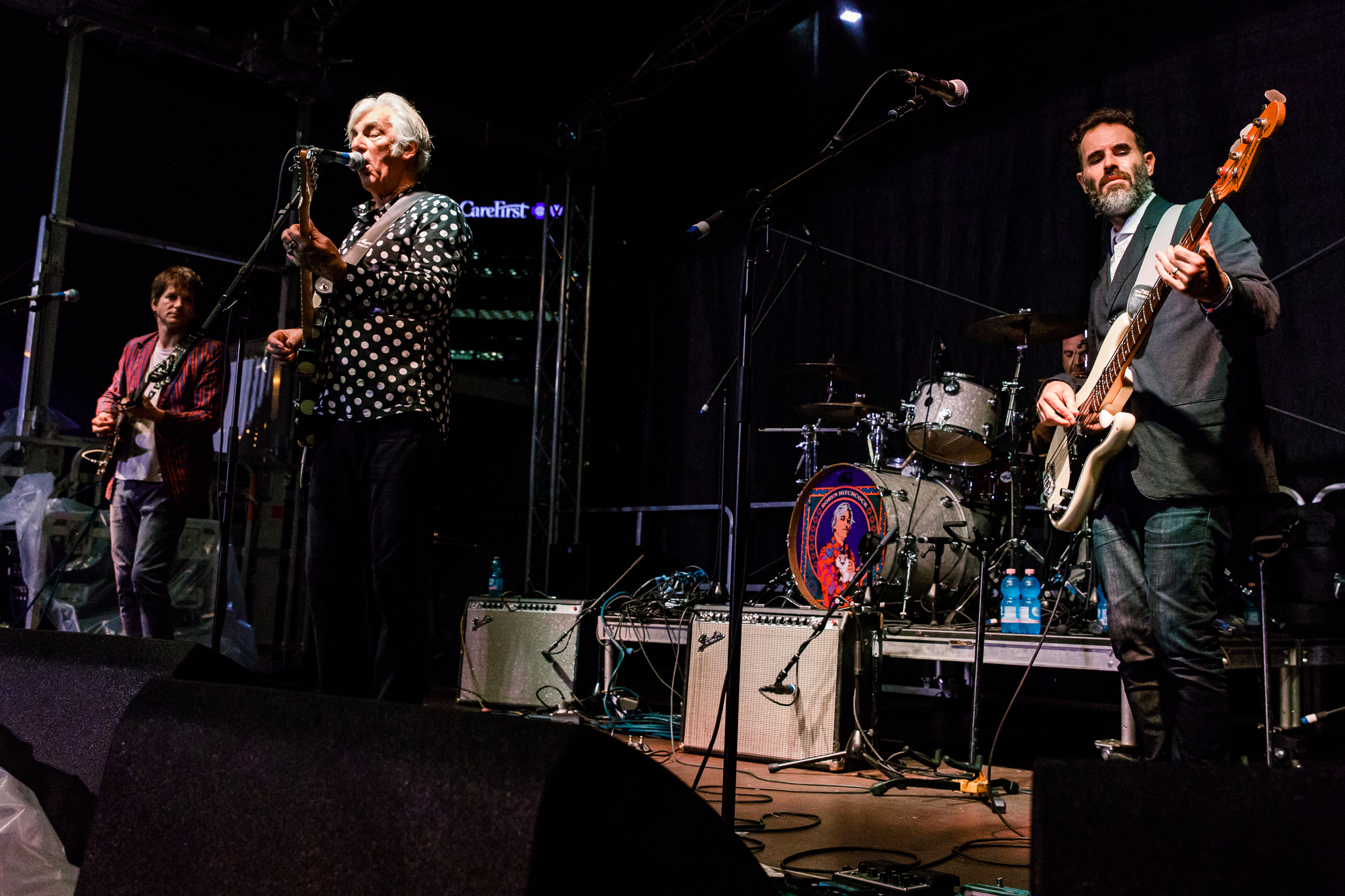 Robyn Hitchcock and His LA Squires performing at WTMD First Thursdays in Canton Waterfront Park, Baltimore - 7/6/2017 (photo by Matt Condon / @arcane93)