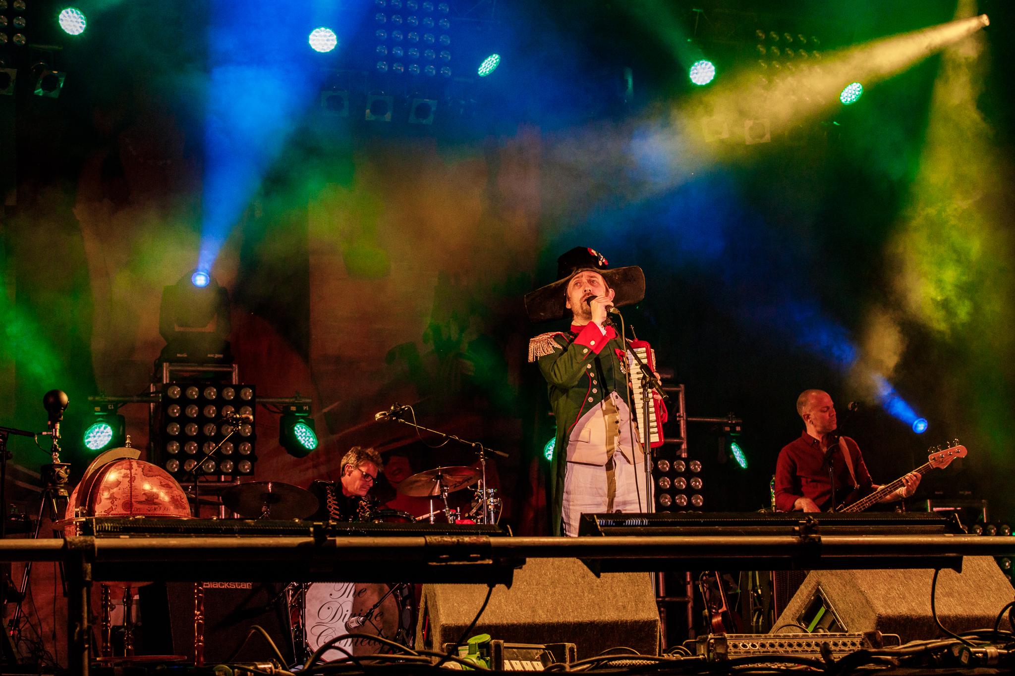 The Divine Comedy at Fairport's Cropredy Convention (photo by Matt Condon / @arcane93)