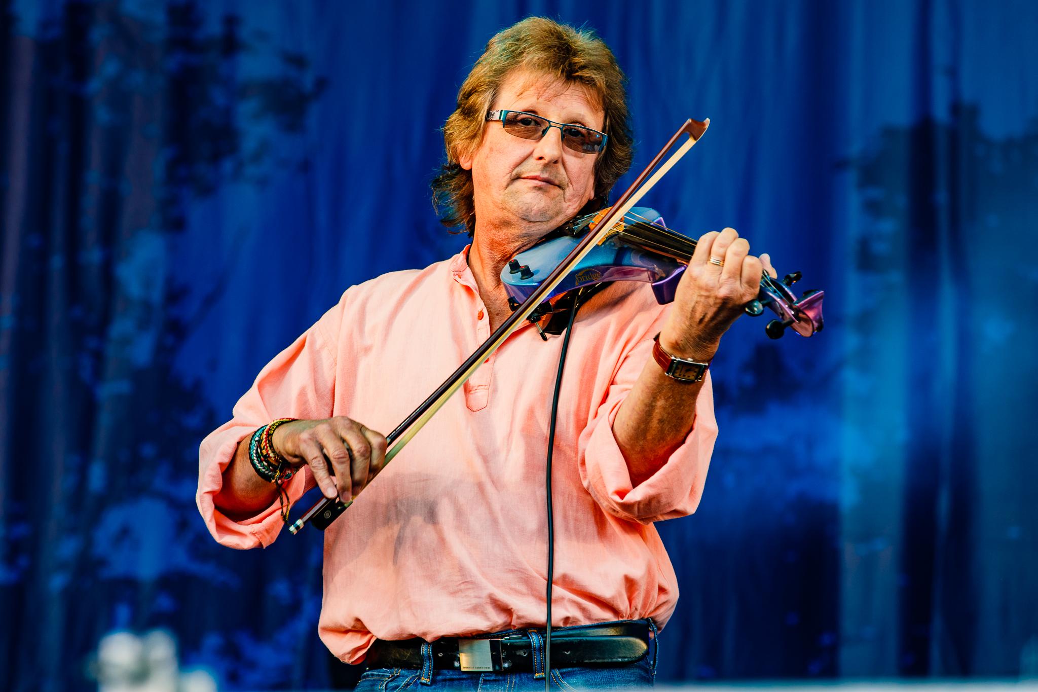 Feast of Fiddles at Fairport's Cropredy Convention (photo by Matt Condon / @arcane93)
