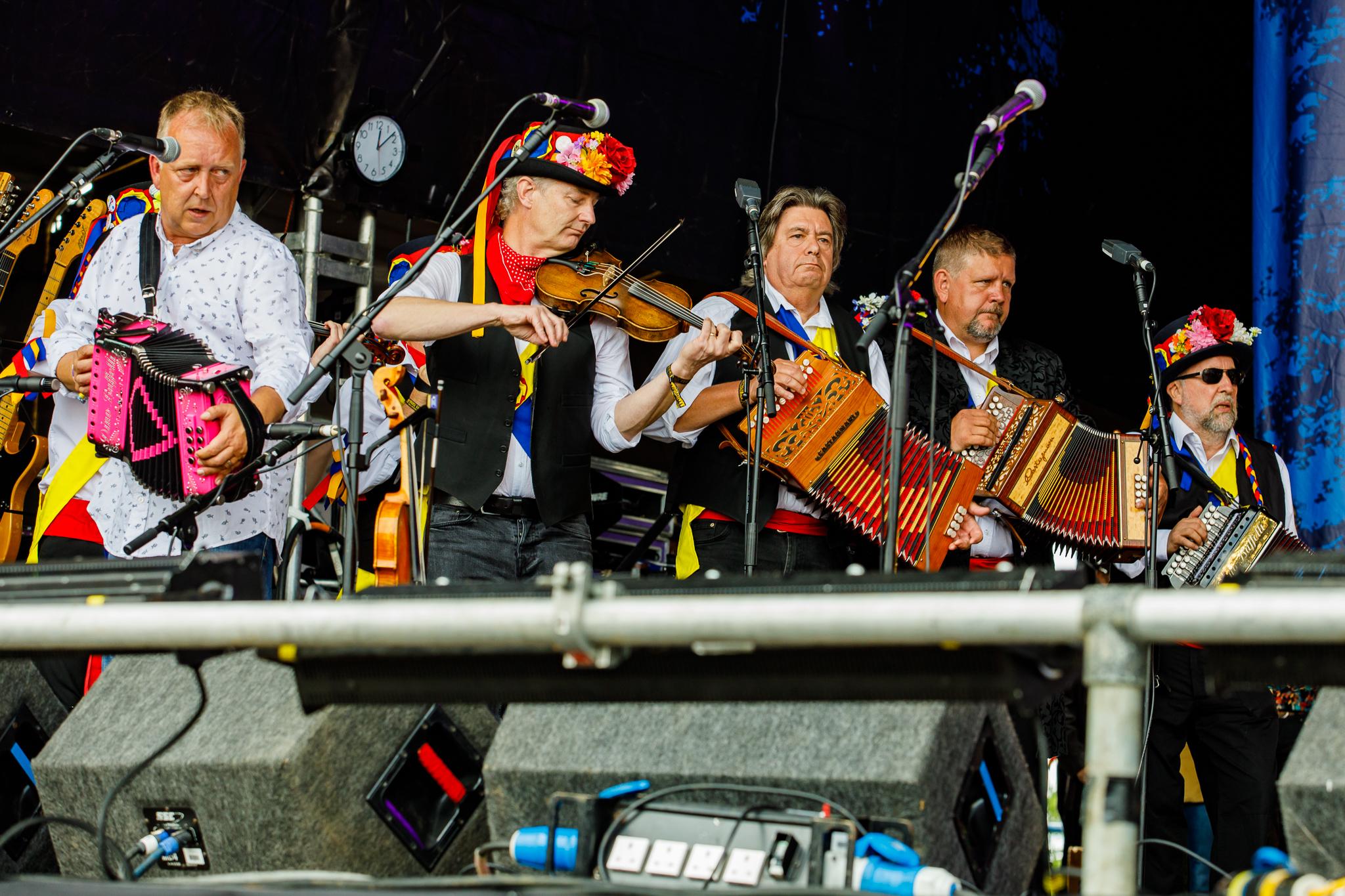 Morris On at Fairport's Cropredy Convention (photo by Matt Condon / @arcane93)