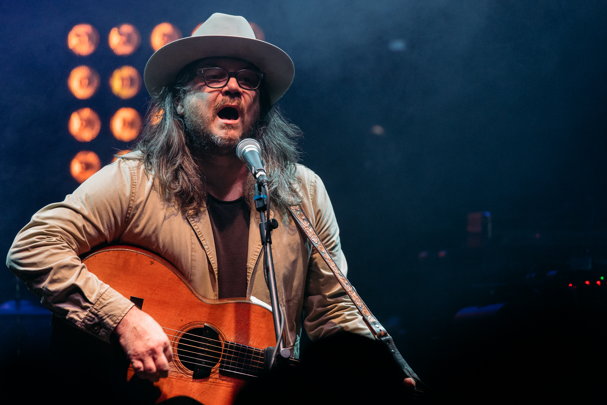 Jeff Tweedy of Wilco performing a solo acoustic set at 9:30 Club (Photo by Mauricio Castro /  @themauricio )