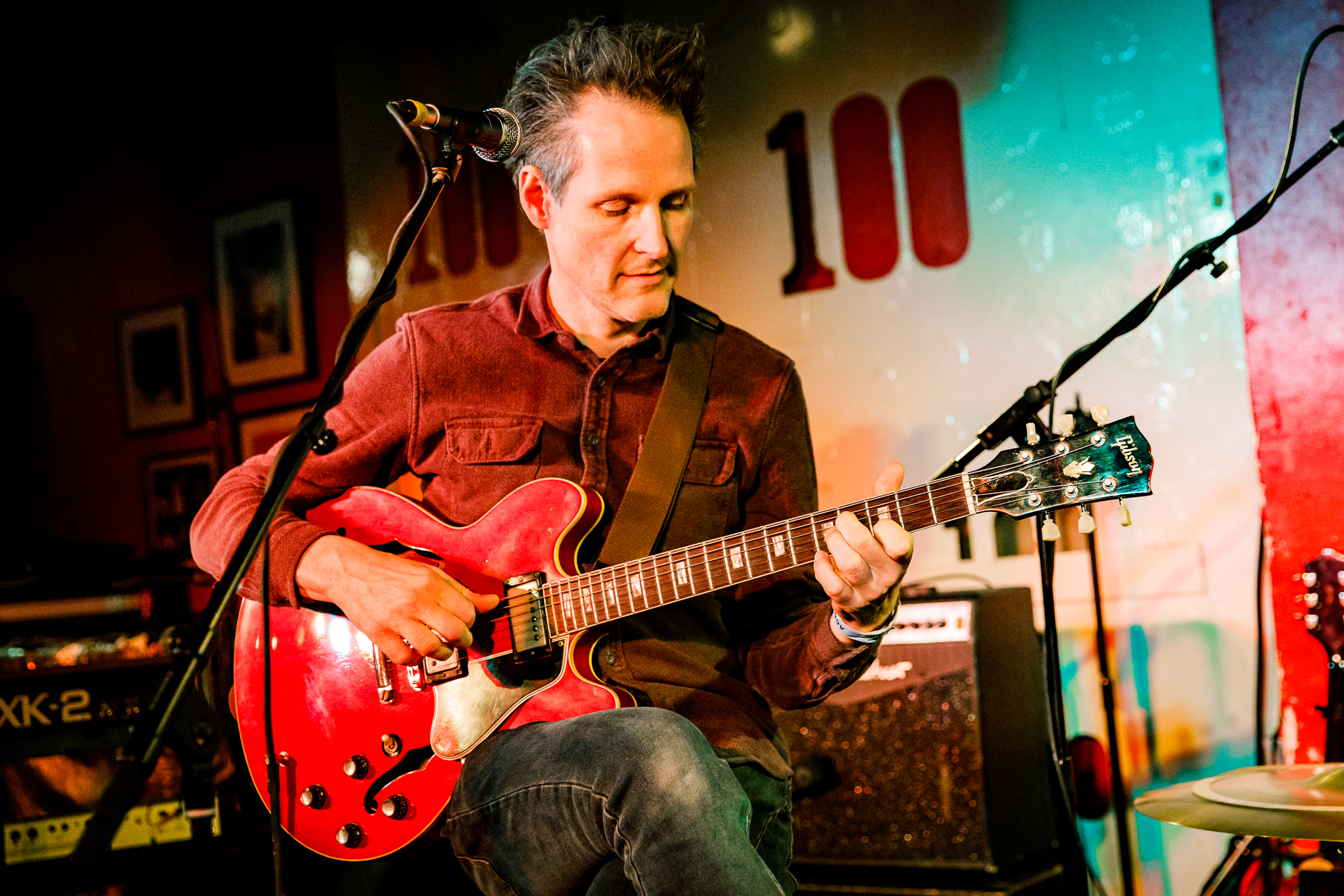 Tim Keegan performing at the 100 Club in London, England - 3/1/2018 (photo by Matt Condon / @arcane93)