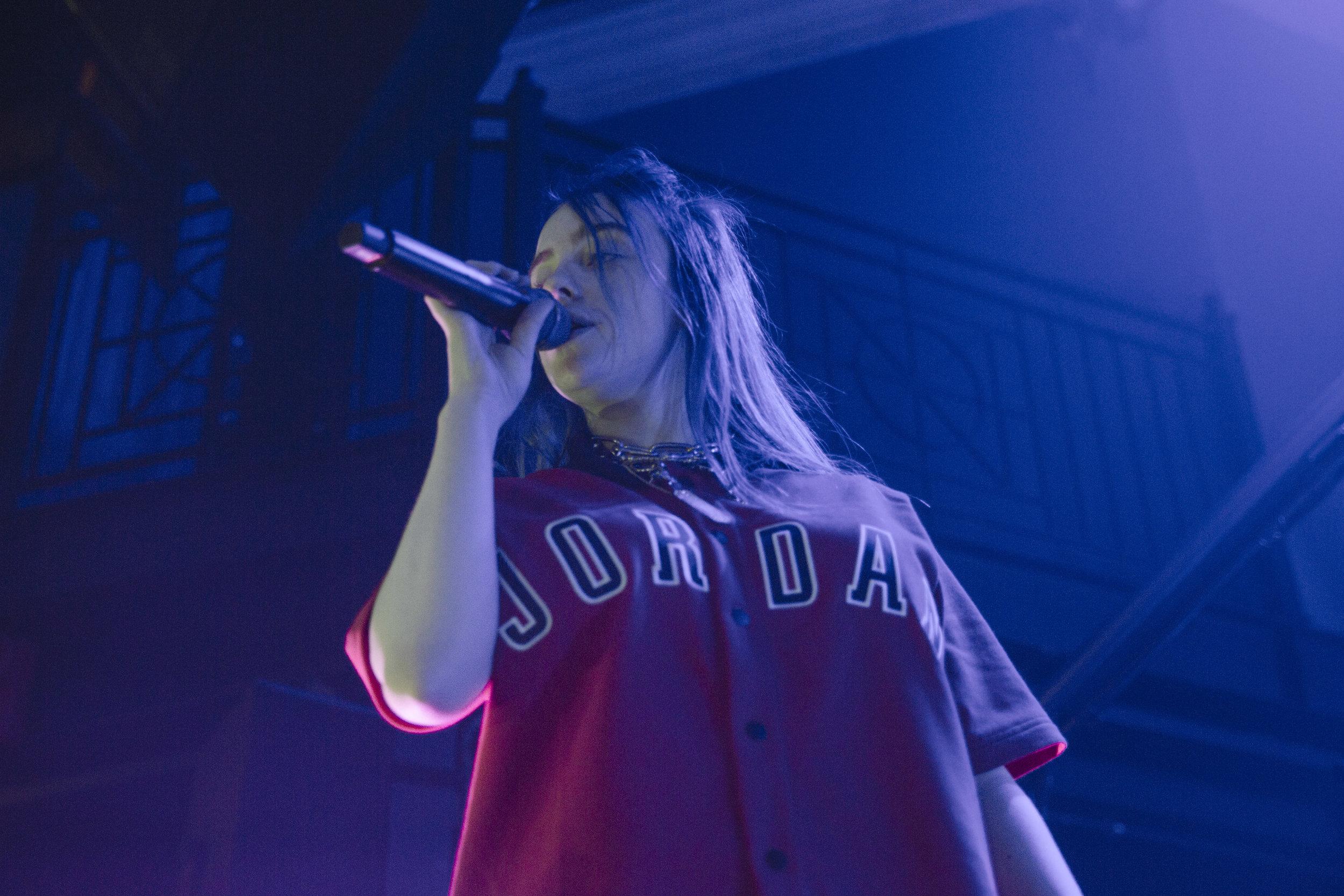 Billie Eilish @ 9:30 Club (Photo by Anna Moneymaker /  @anna.money )