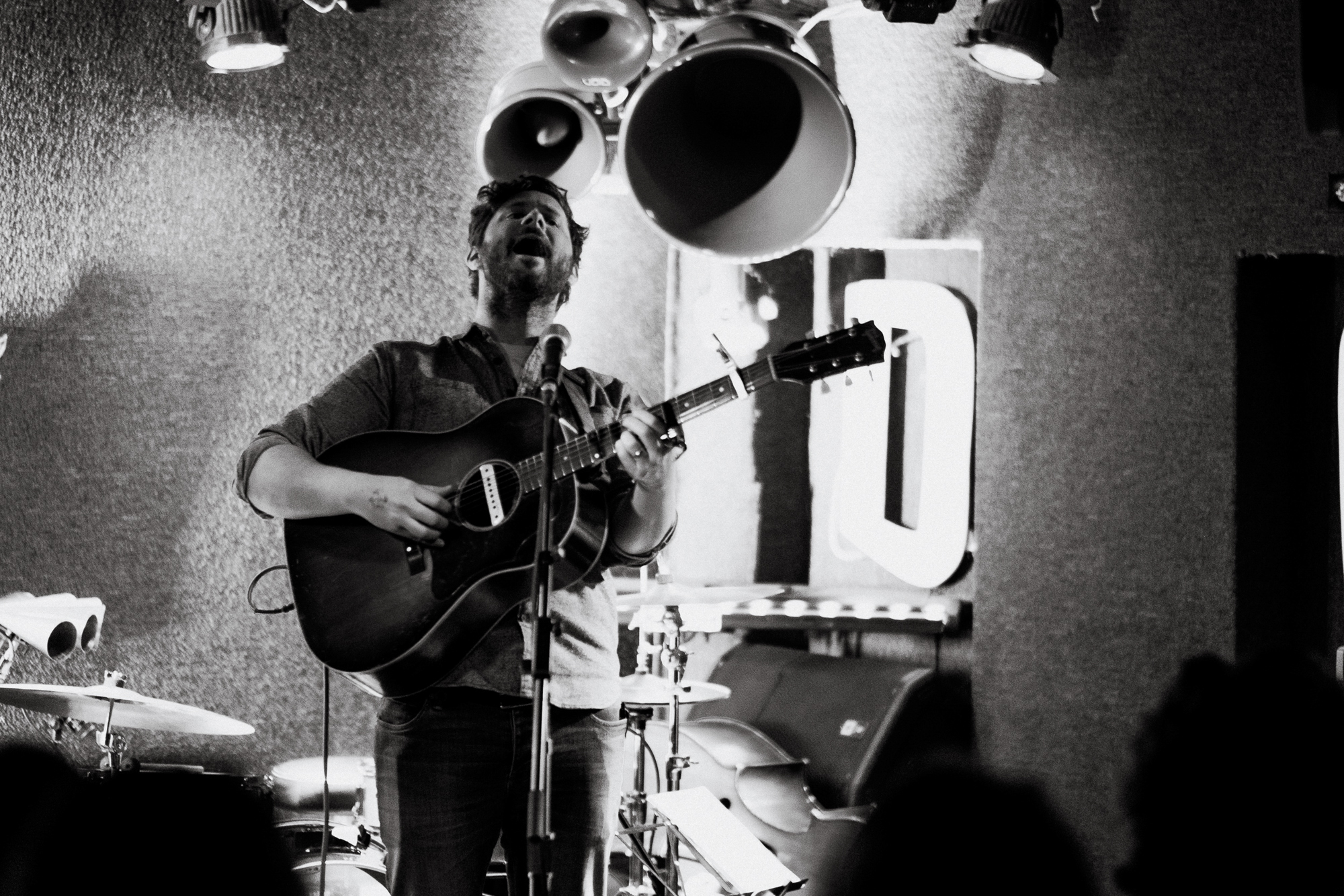 Dan Mangan opening for Laura Gibson at DC9 in Washington, D.C. - 11/26/18 (Photo by Joel Richard)