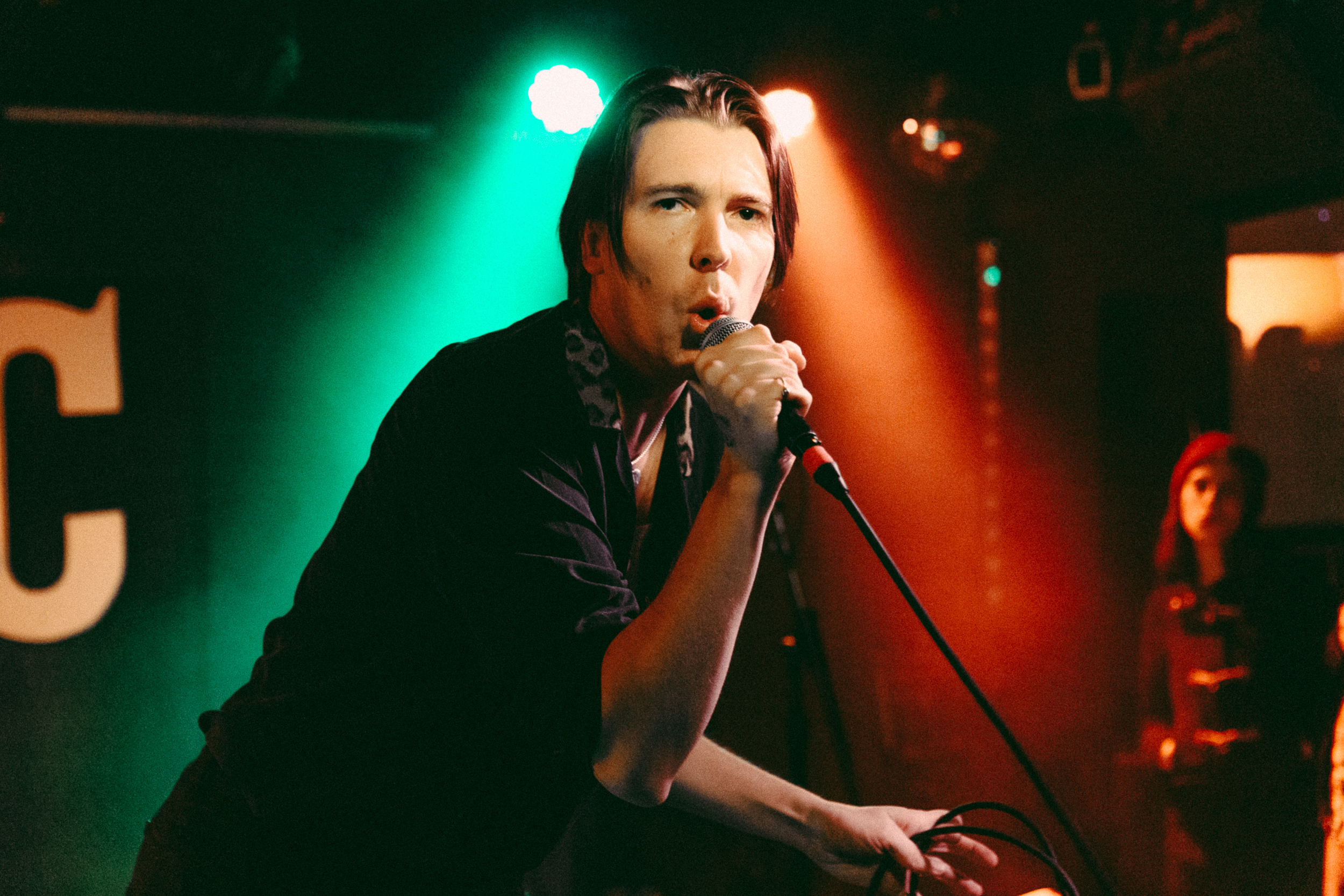 Alex Cameron and Roy Molloy at DC9 (Photo by Mauricio Castro)