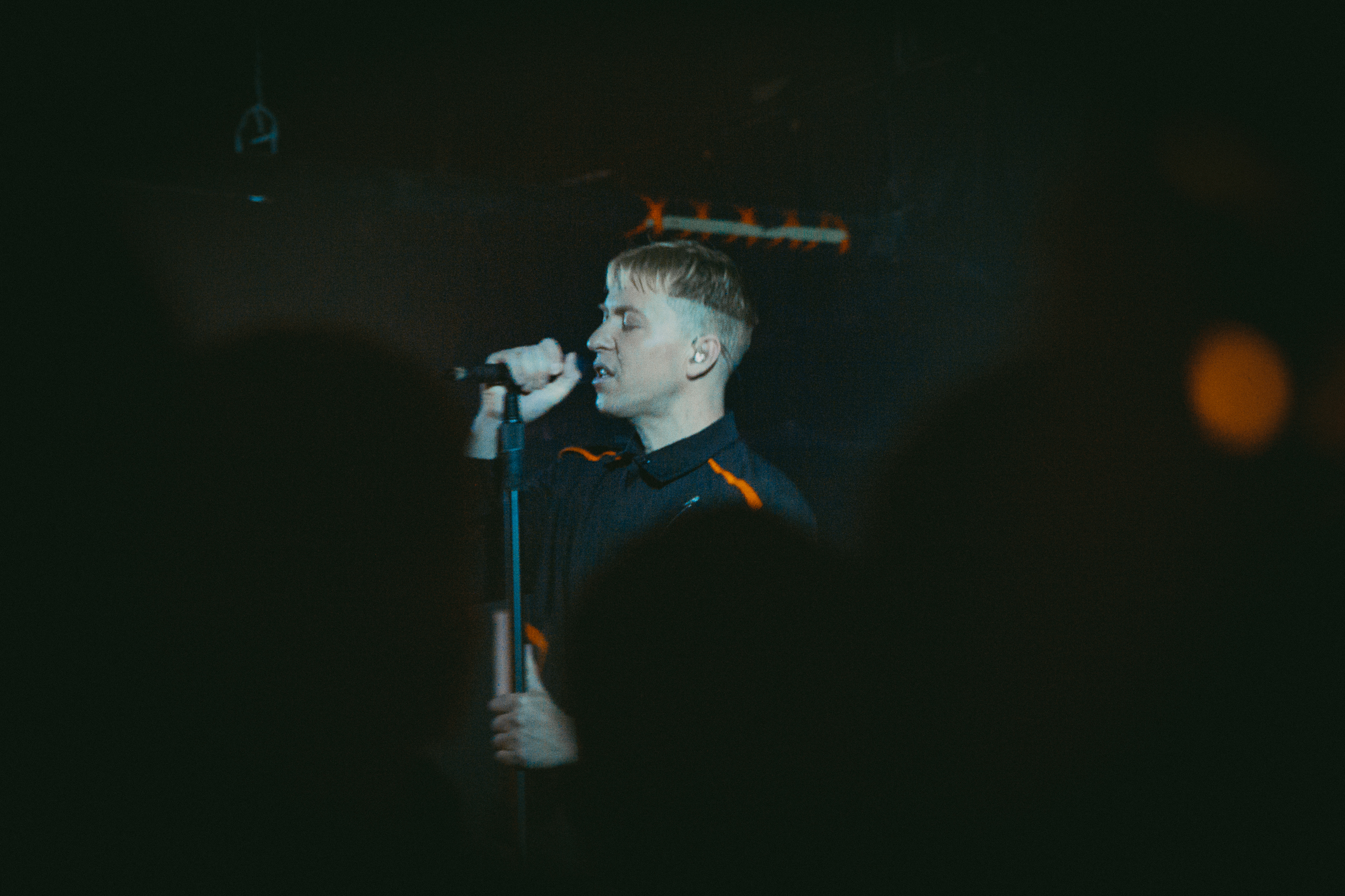 The Drums at Black Cat (Photo by Carolina Correa-Caro; @veronik_bandw)