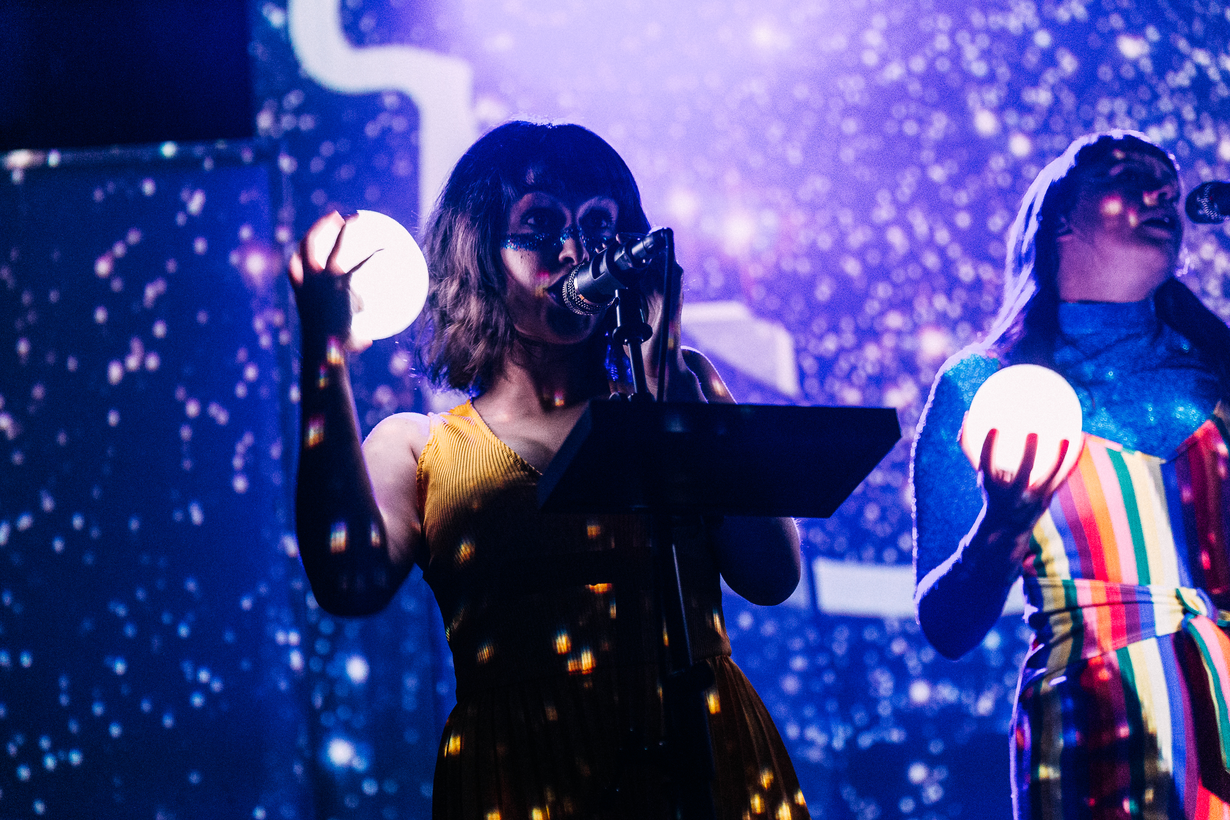 Superorganism at 9:30 Club (Photo by Mauricio Castro)