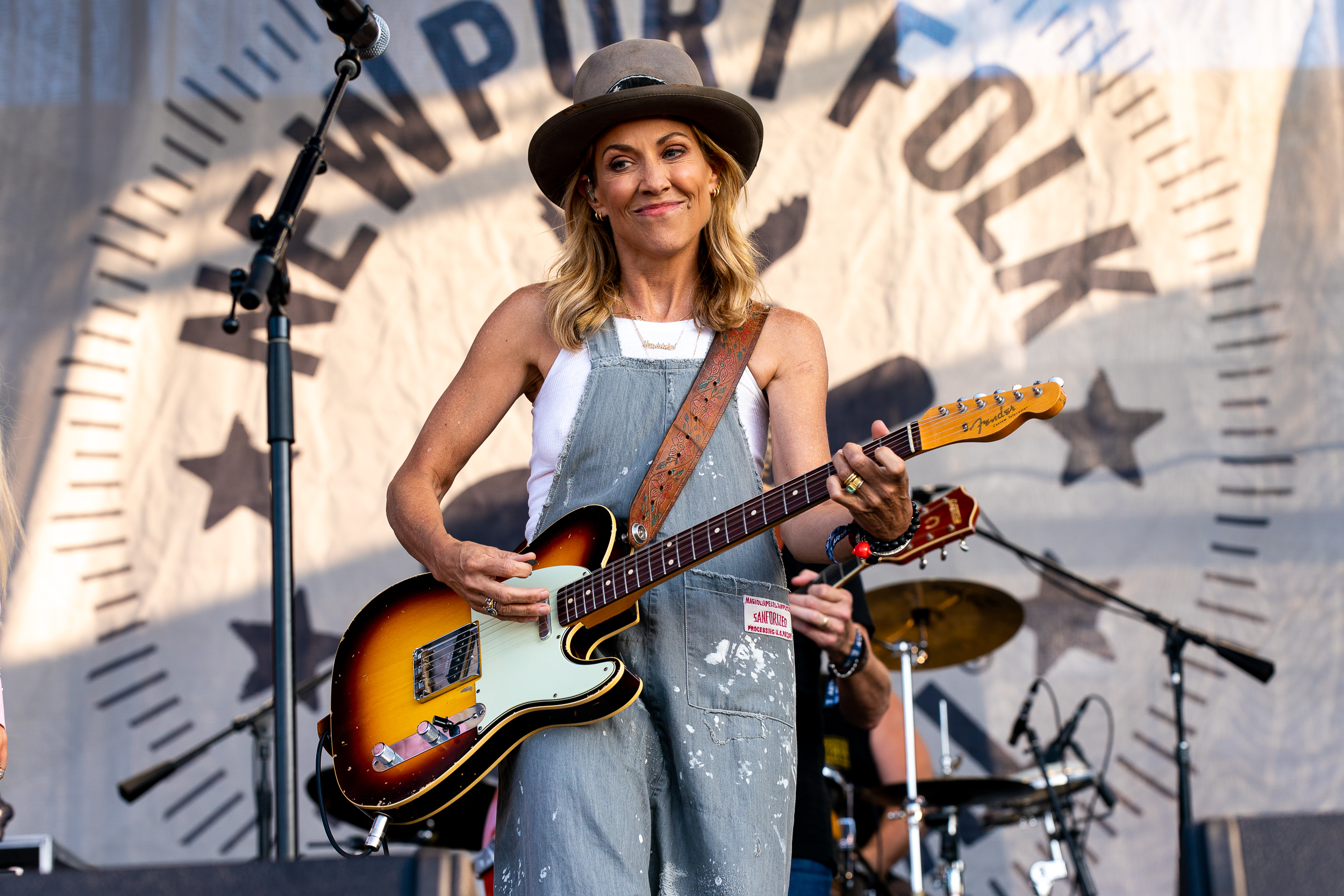 Sheryl Crow at Newport Folk Festival (Photo by Mauricio Castro)