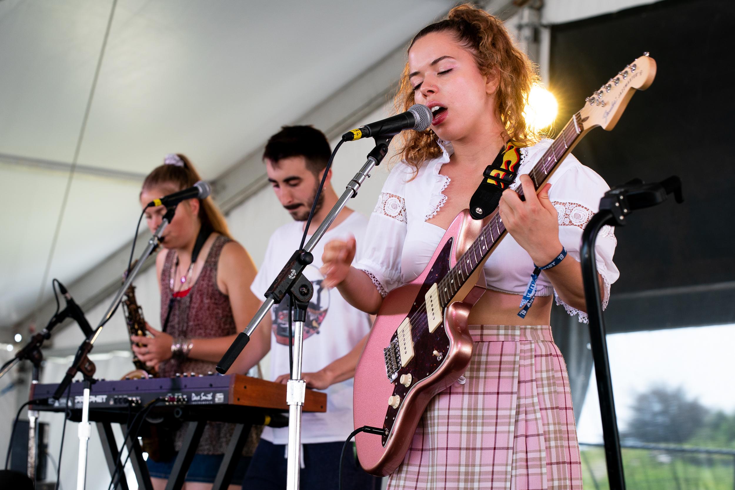 Nilüfer Yanya at Newport Folk Festival (Photo by Mauricio Castro)