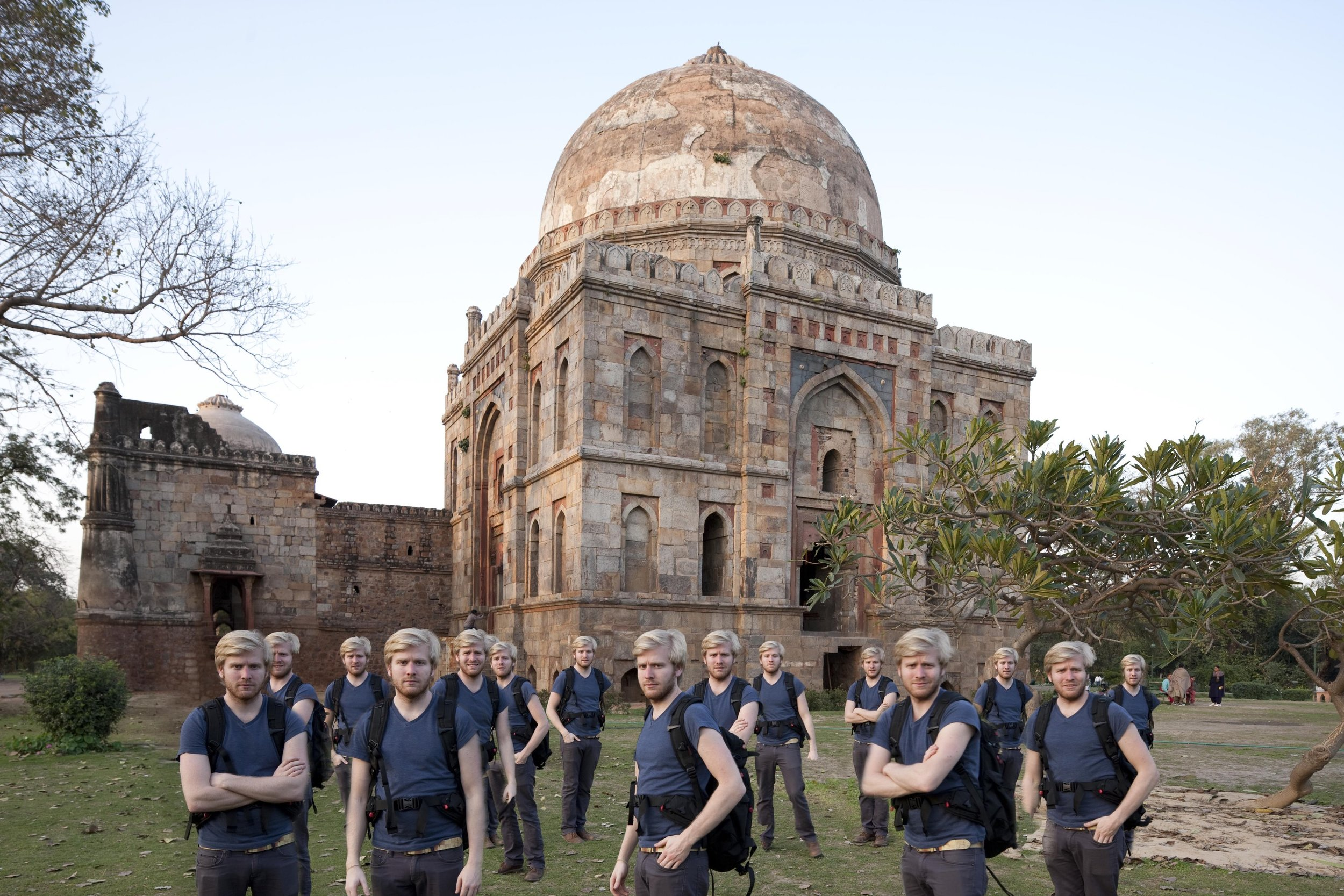 A temple in New Delhi was chosen as the backdrop for URS engineers. My assistant and I went to the location the day before the shoot to carefully plan out the positions of all our subjects, taking into account the direction and quality of the light at sunset. With only the two of us to rehearse the group portrait, my assistant stood in for each of the 15 anticipated subjects and then used Photoshop to combine the different positions.