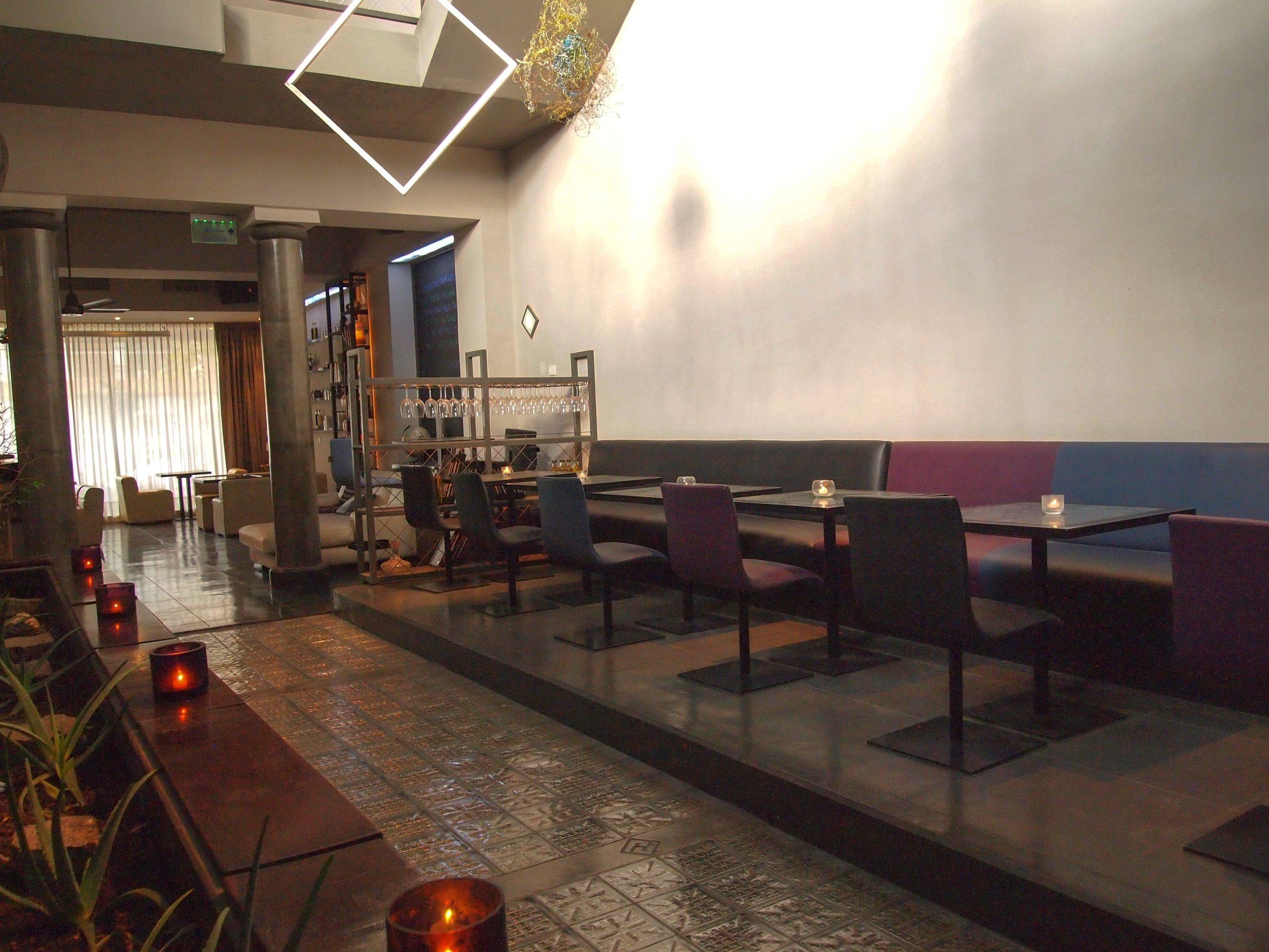 Bar-ProdeoHotel1.jpg