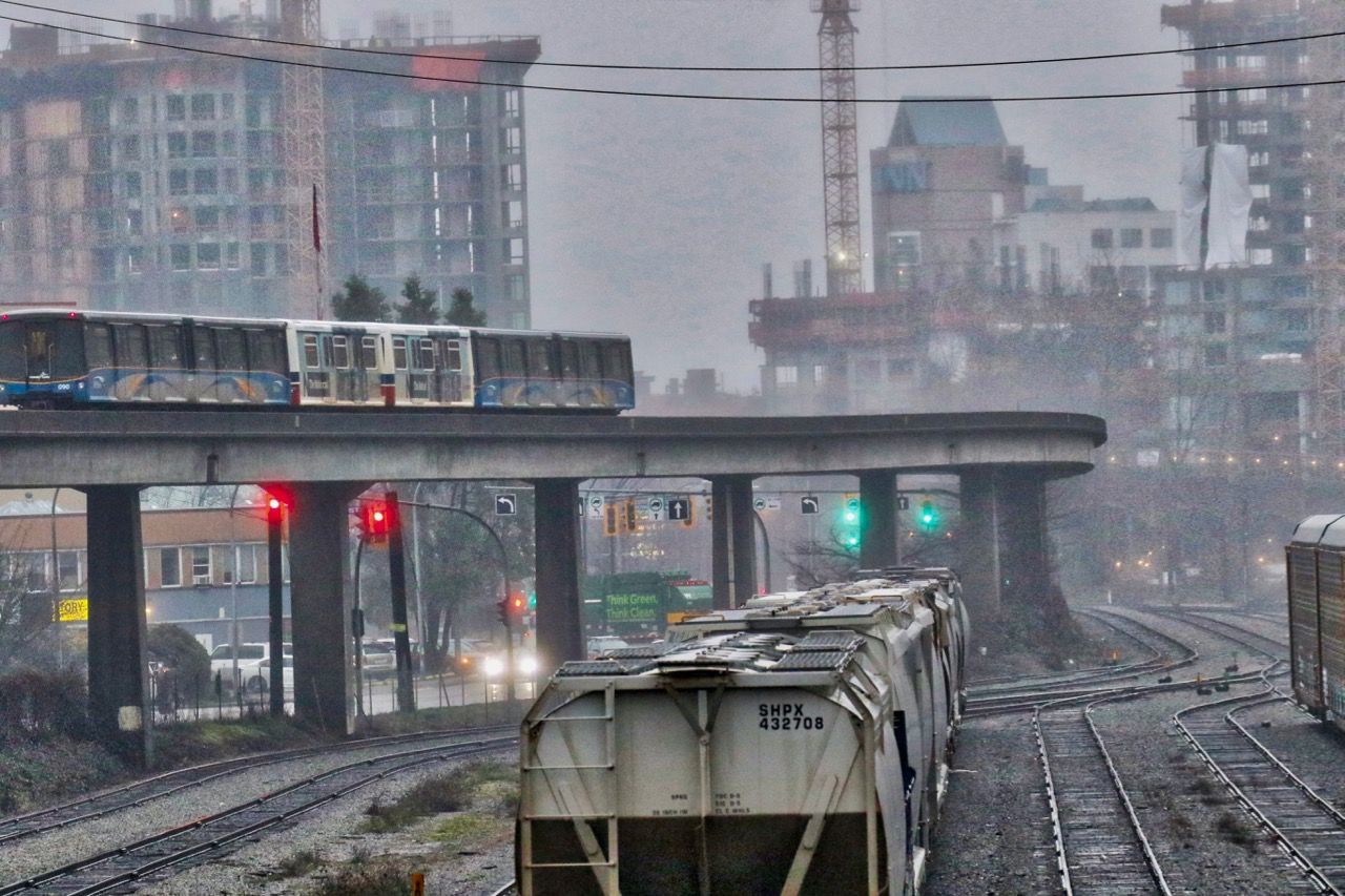 SkyTrain passes by the Dock Yard in New Westminster, B.C. - December 29, 2017  Click image to enlarge.