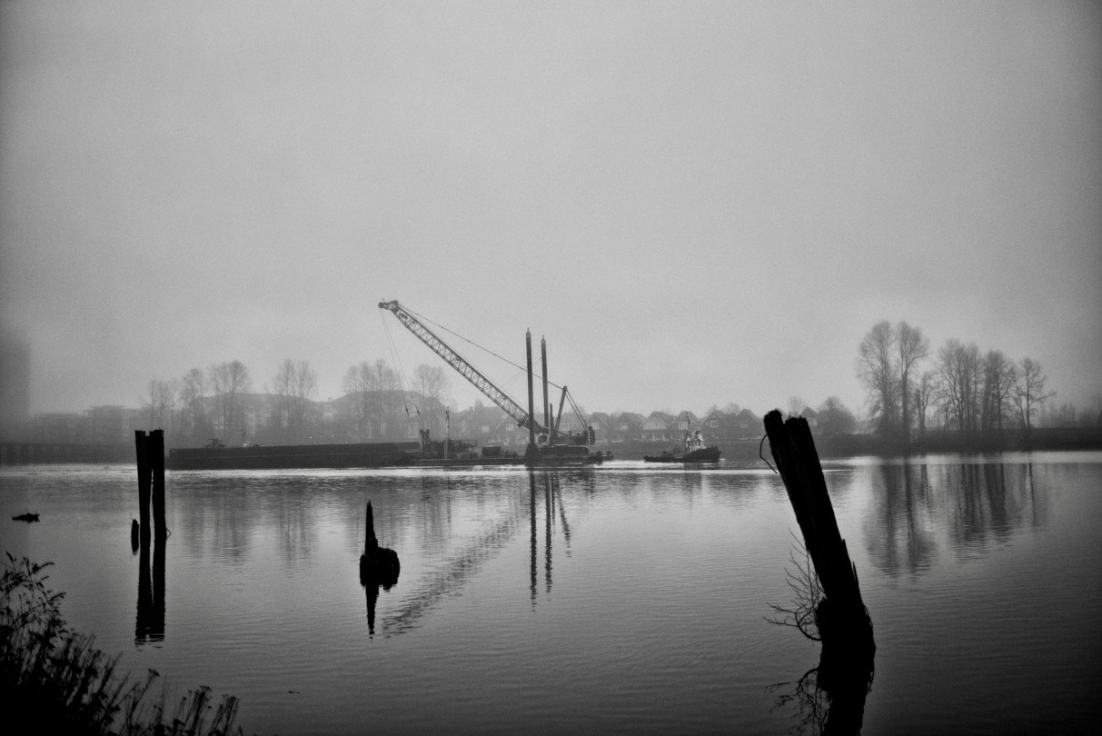 """Catherwood Towing Ltd. tugboat """"SEA IMP VIII"""" tows barge in North Arm of Fraser River"""