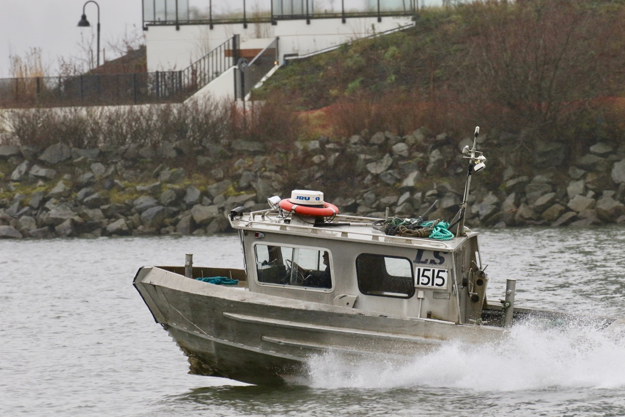 Log Salvage boat LS1515 in North Arm of Fraser River