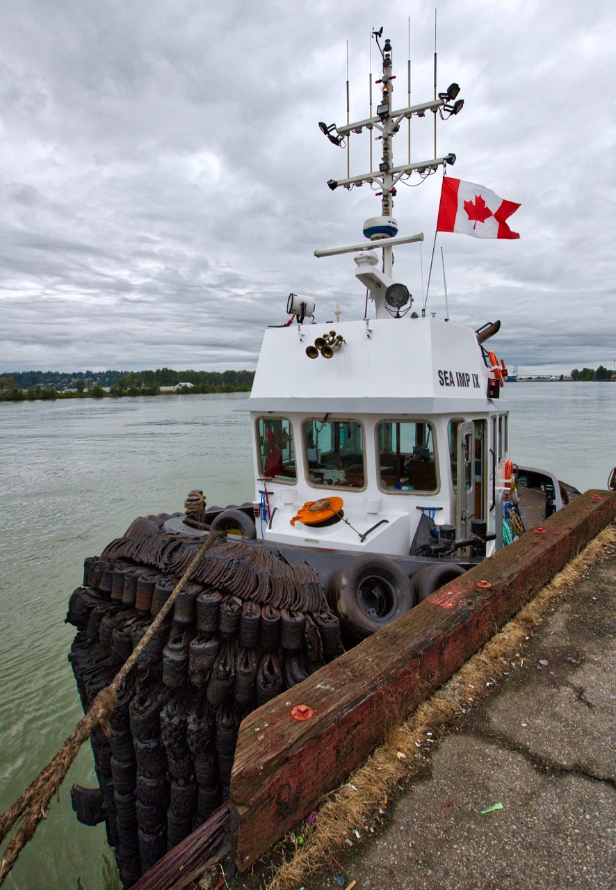 """Catherwood Towing Ltd.'s tugboat """"SEA IMP IX"""" in Fraser River, New Westminster, B.C."""