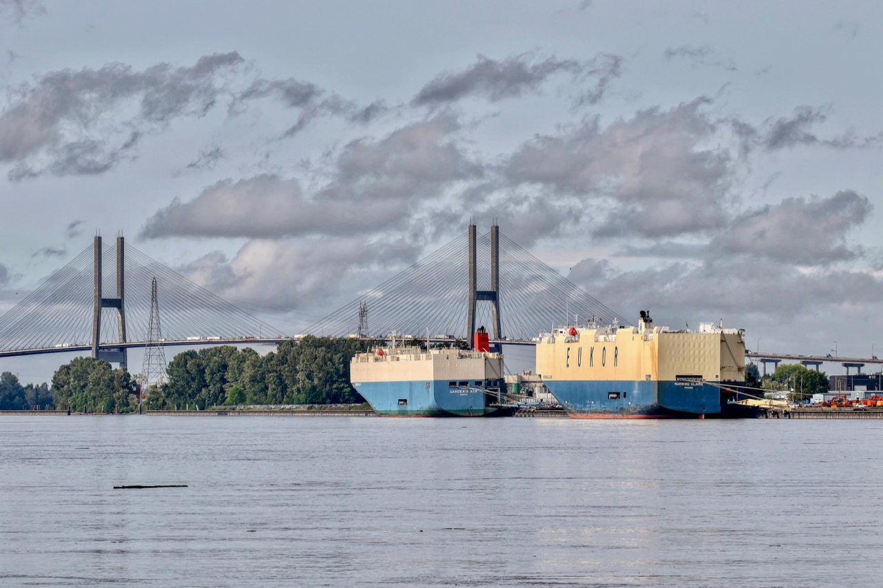 "Vehicle carriers ""GARDENIA ACE"" and ""MORNING CLAIRE"" at Annacis Auto Terminal in Fraser River"