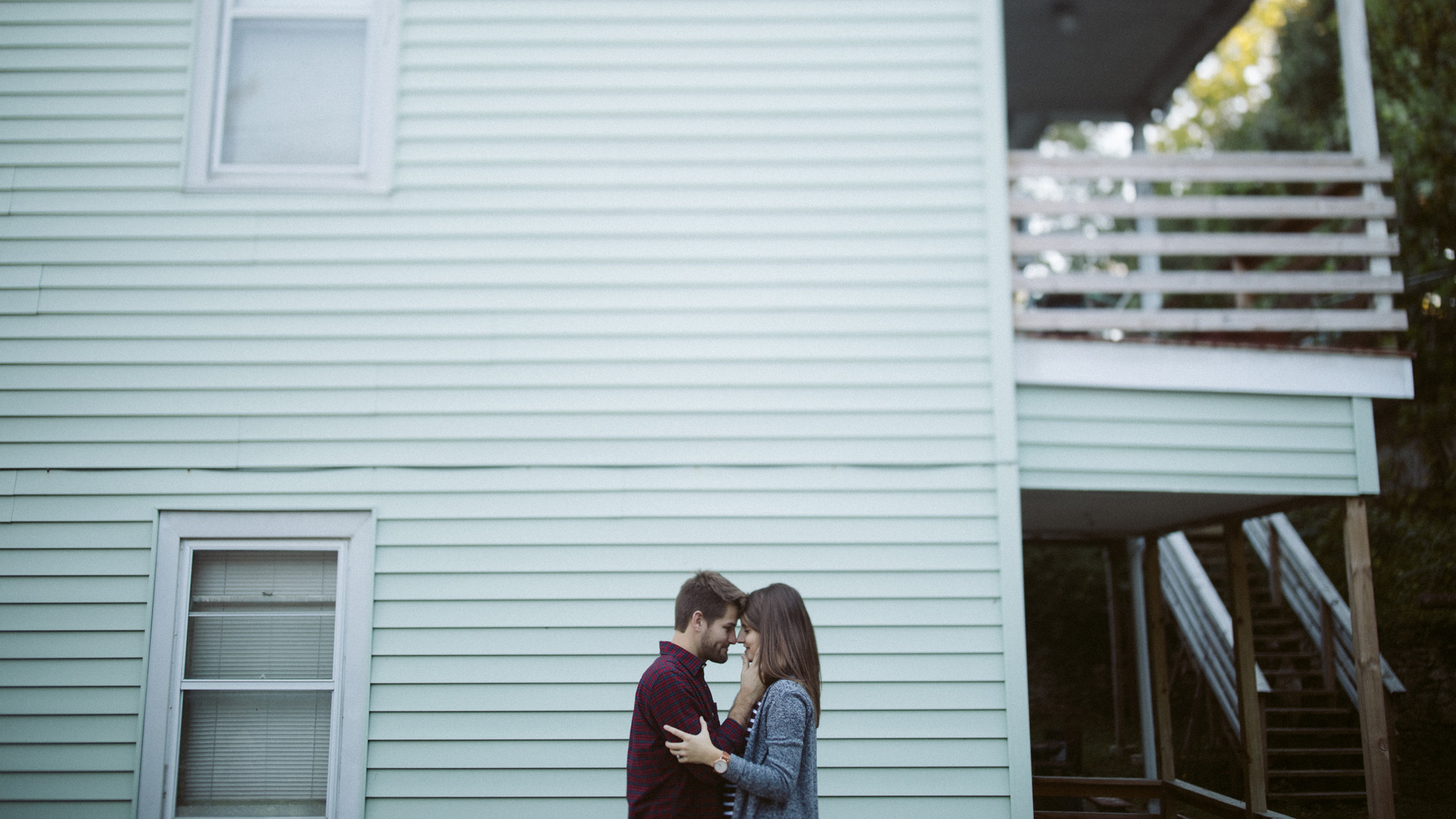 alec_vanderboom_Kansas_City_Engagement_Photos-0011.jpg