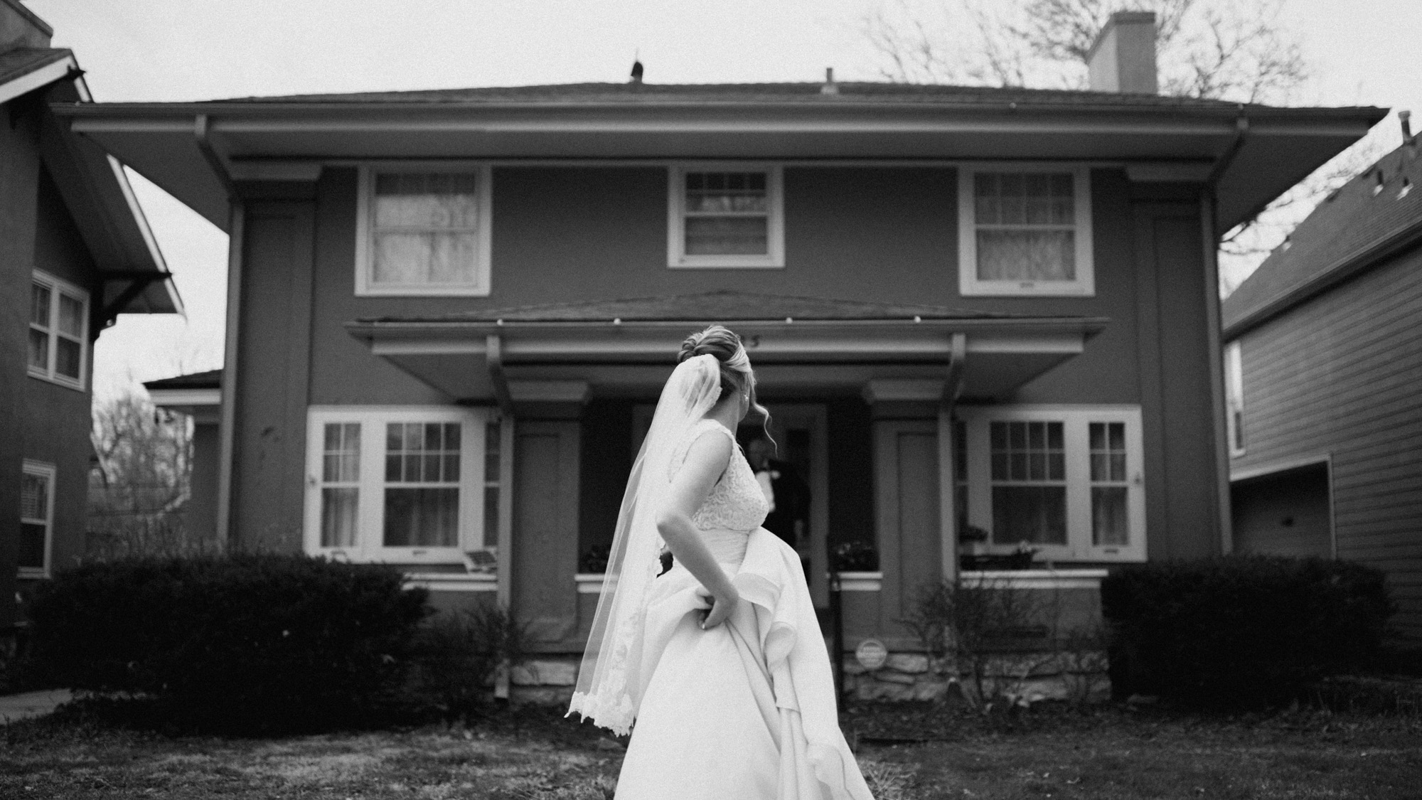 Alec_Vanderboom_kansas_city_hip_wedding_photos-0029.jpg