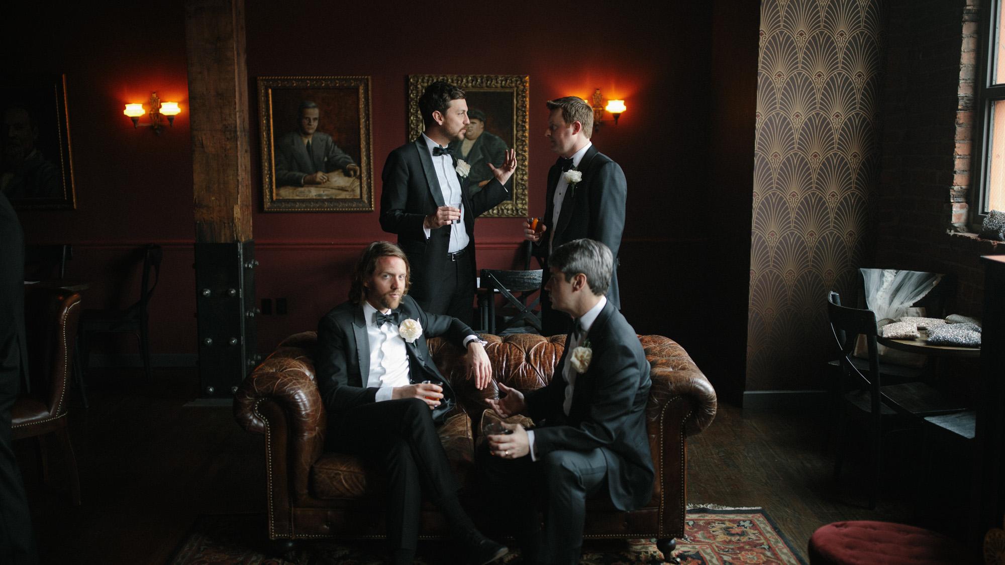 Alec_Vanderboom_kansas_city_hip_wedding_photos-0040.jpg