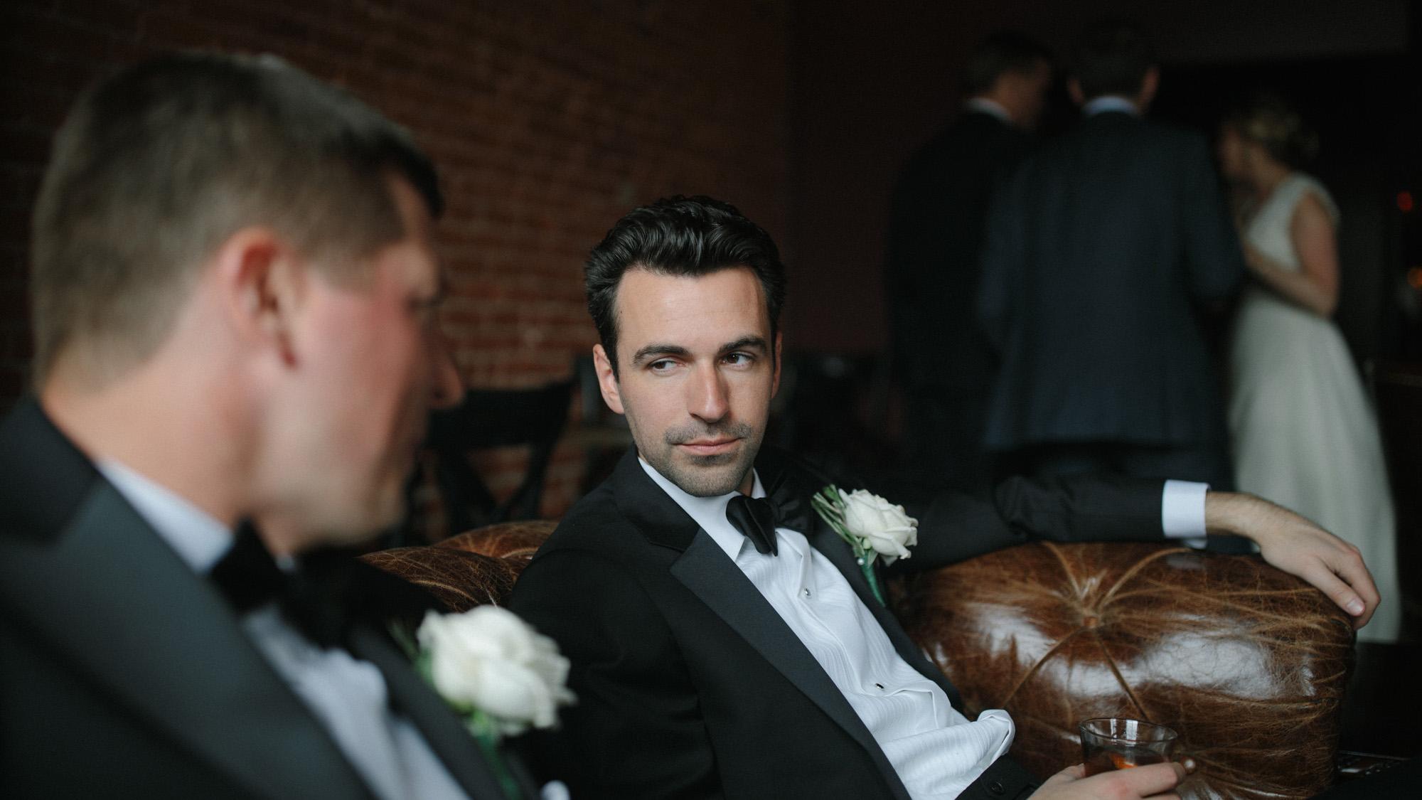 Alec_Vanderboom_kansas_city_hip_wedding_photos-0041.jpg
