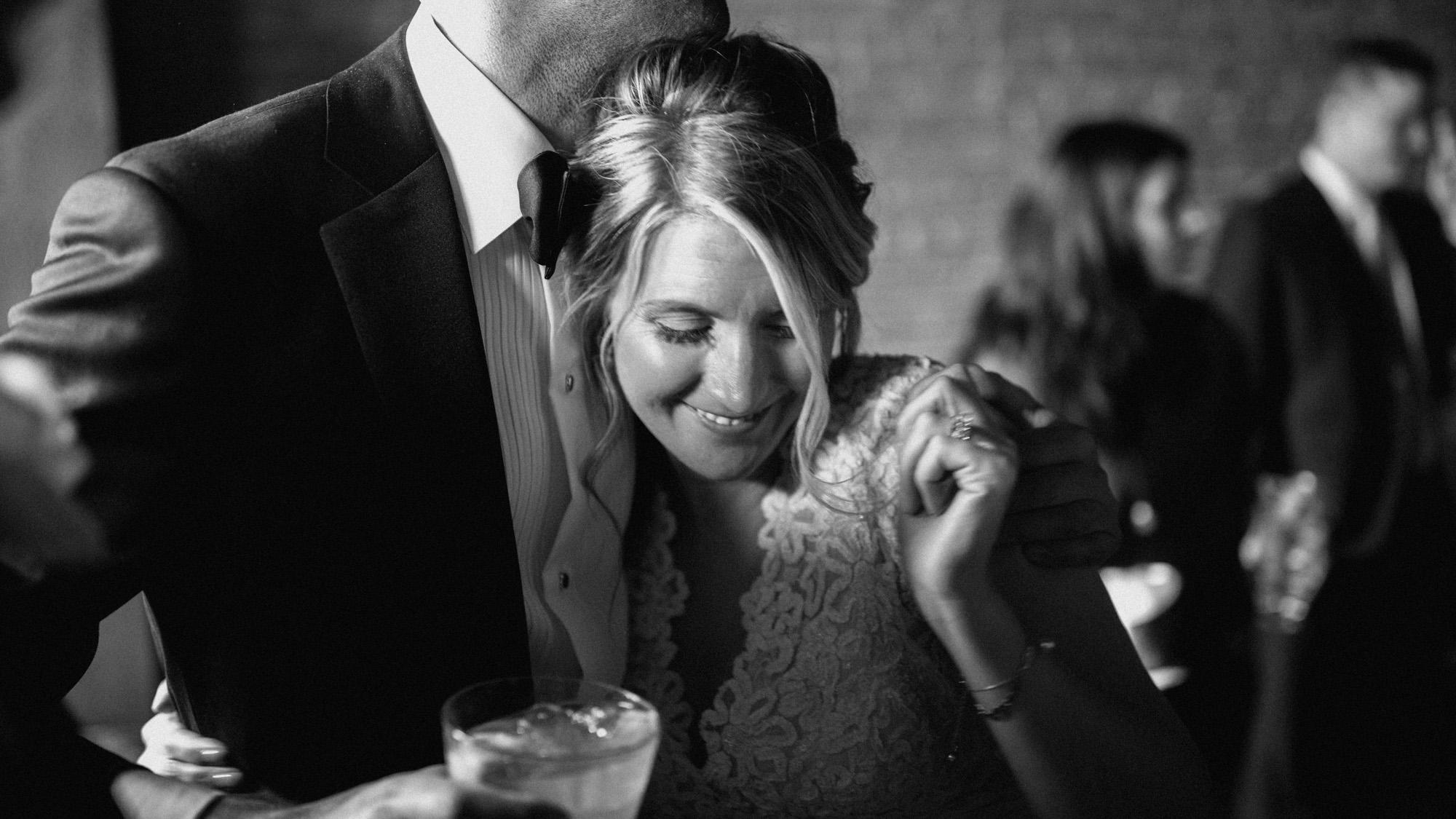 Alec_Vanderboom_kansas_city_hip_wedding_photos-0046.jpg
