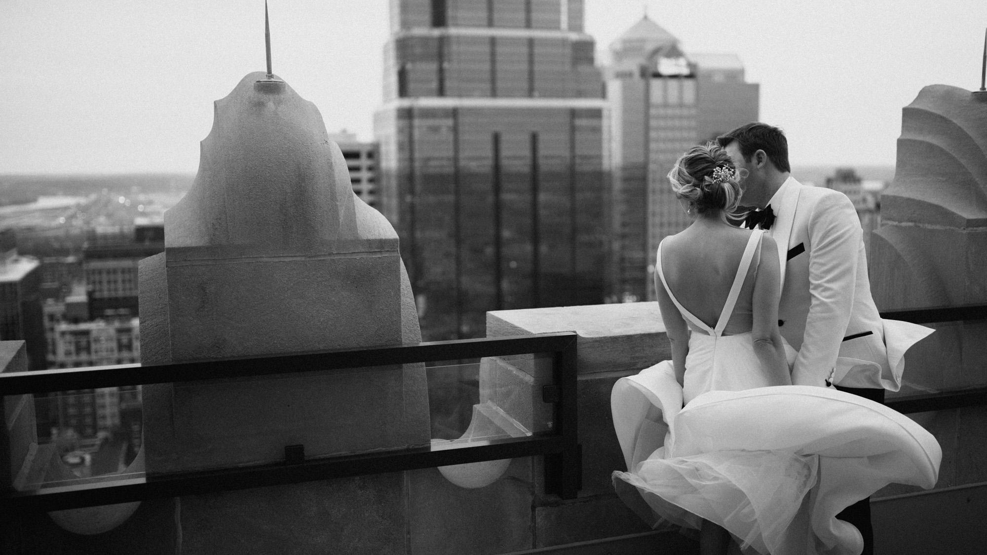 Alec_Vanderboom_kansas_city_hip_wedding_photos-0072.jpg