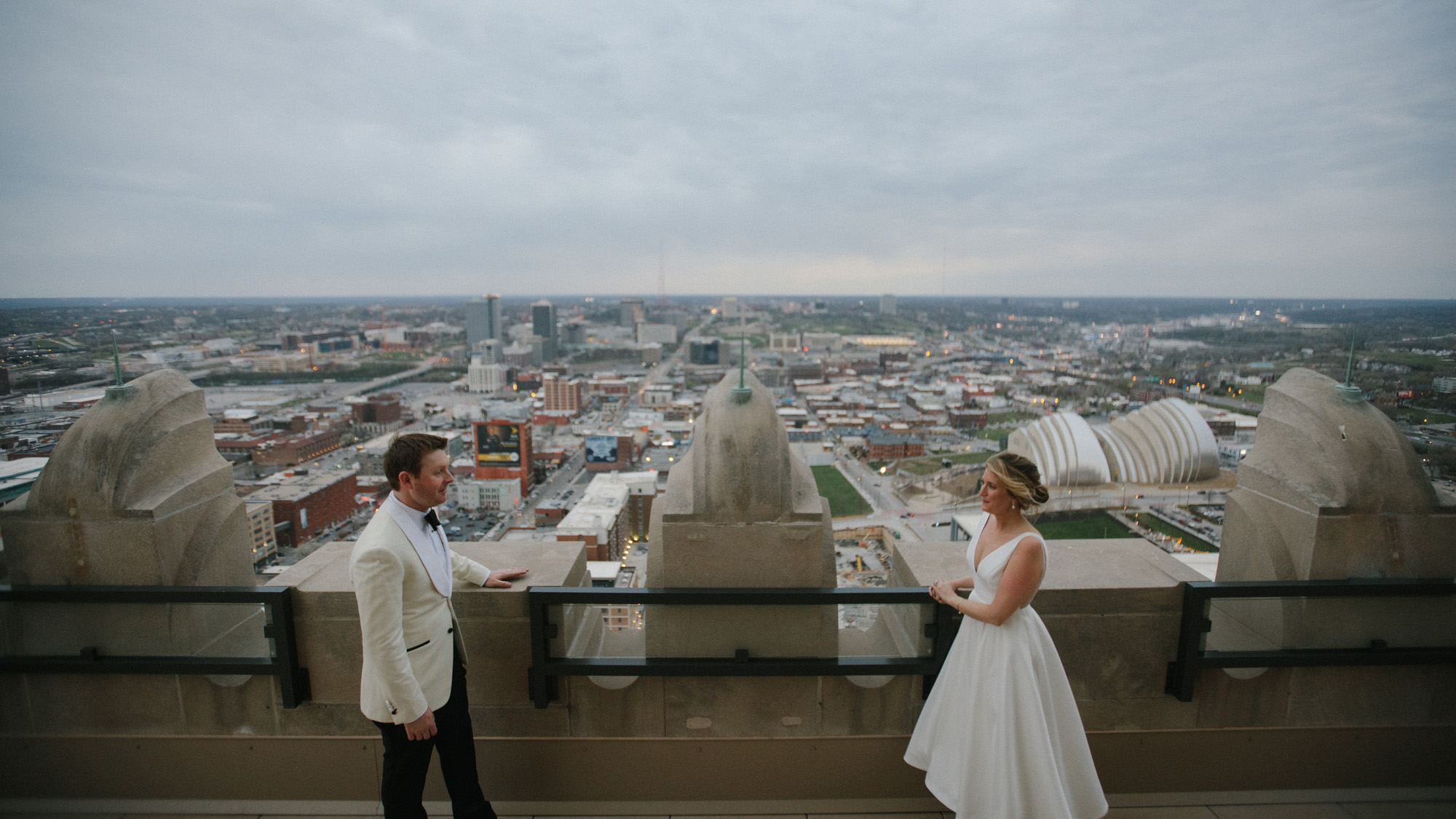 Alec_Vanderboom_kansas_city_hip_wedding_photos-0079.jpg