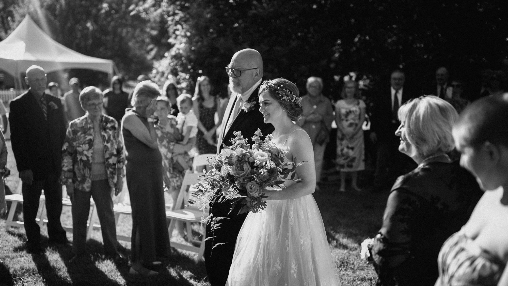 alec_vanderboom_kansas_city_mo_wedding_photos-0042.jpg