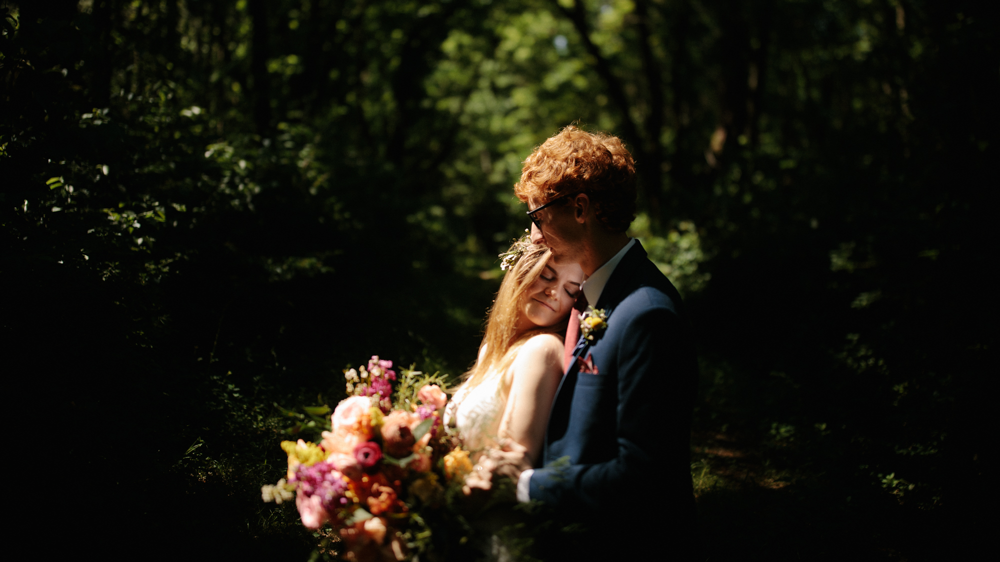 alec_vanderboom_kansas_city_mo_wedding_photos-0087.jpg