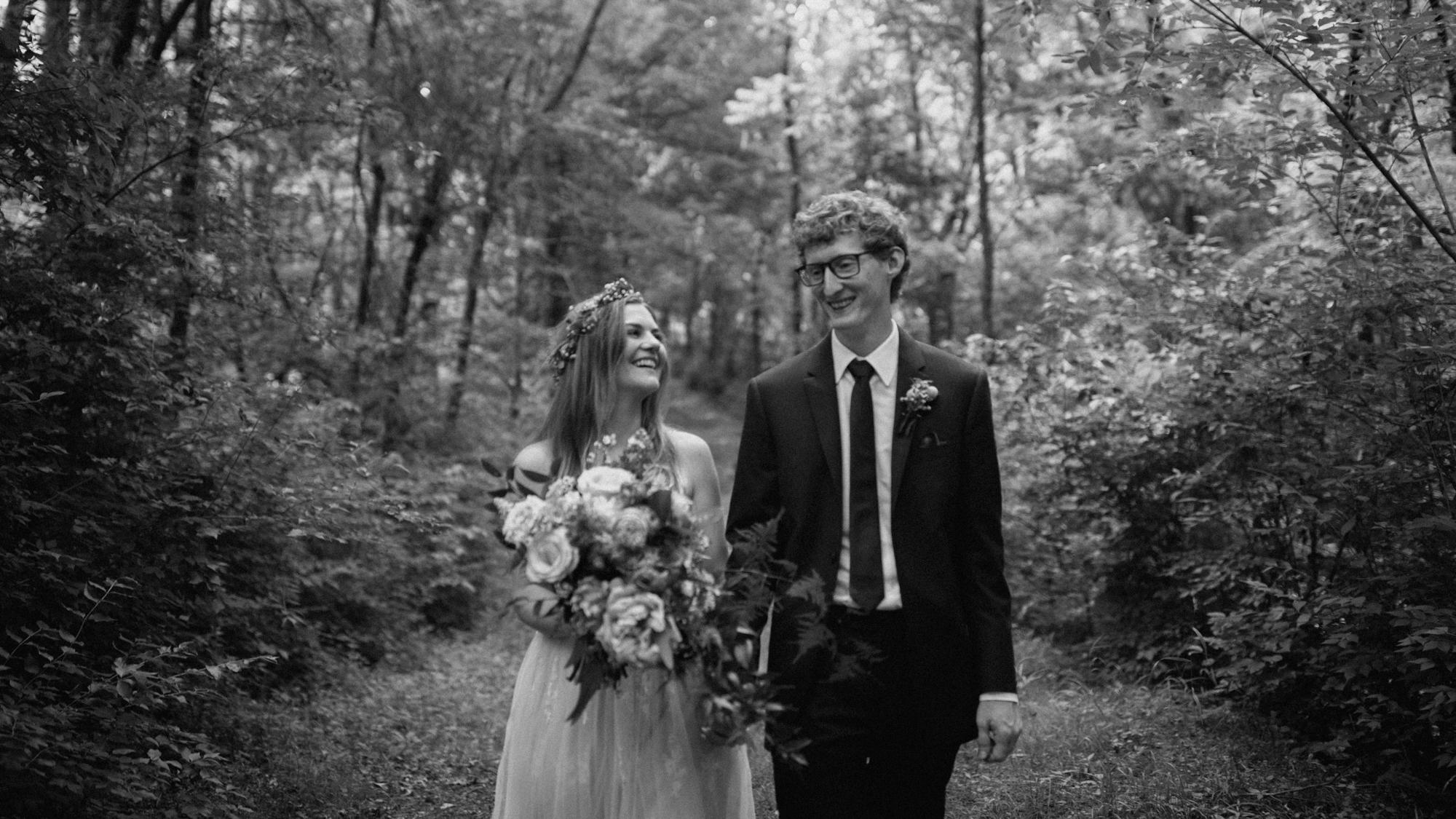 alec_vanderboom_kansas_city_mo_wedding_photos-0089.jpg