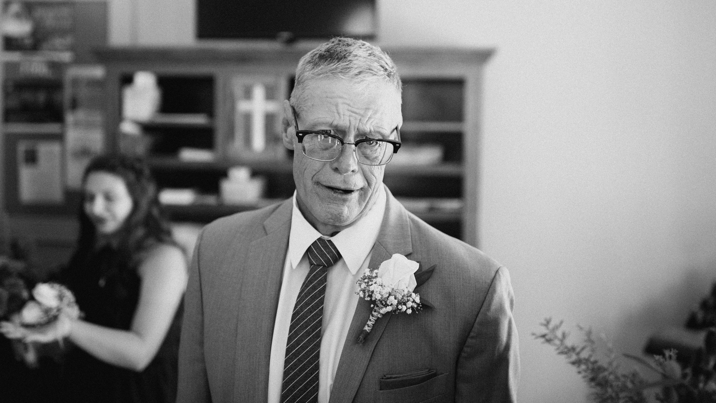 alec_vanderboom_john_micahel_lucy_kansas_city_wedding_photographer-0020.jpg