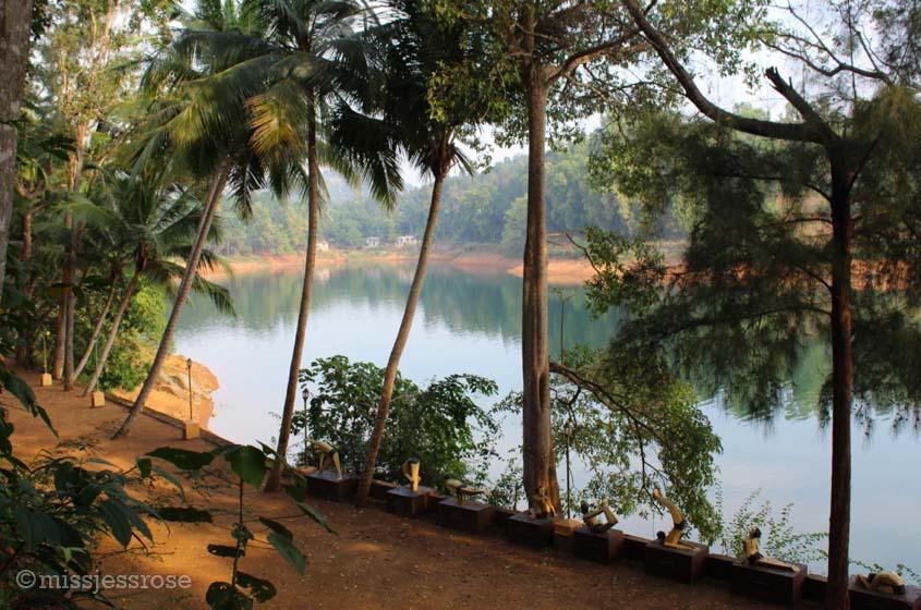 Yogi statues near Neyyar Dam