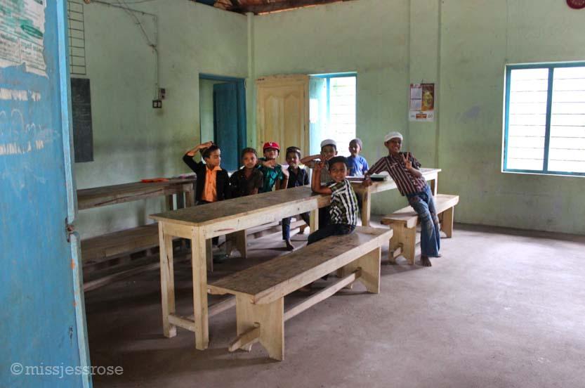 Peeking inside a Muslim schoolhouse