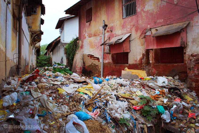 Random garbage heap in Fort Kochi, not an atypical sight pretty much everywhere in India