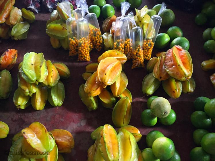 Fruits at the market, Nauta