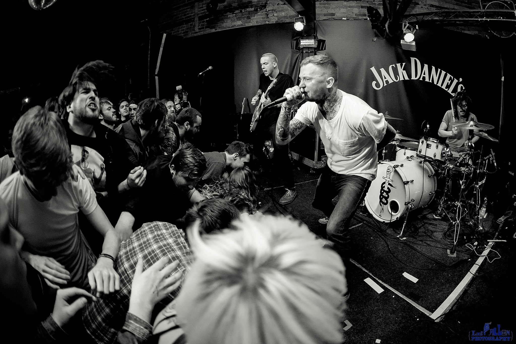 Frank Carter and the Rattlesnakes Live