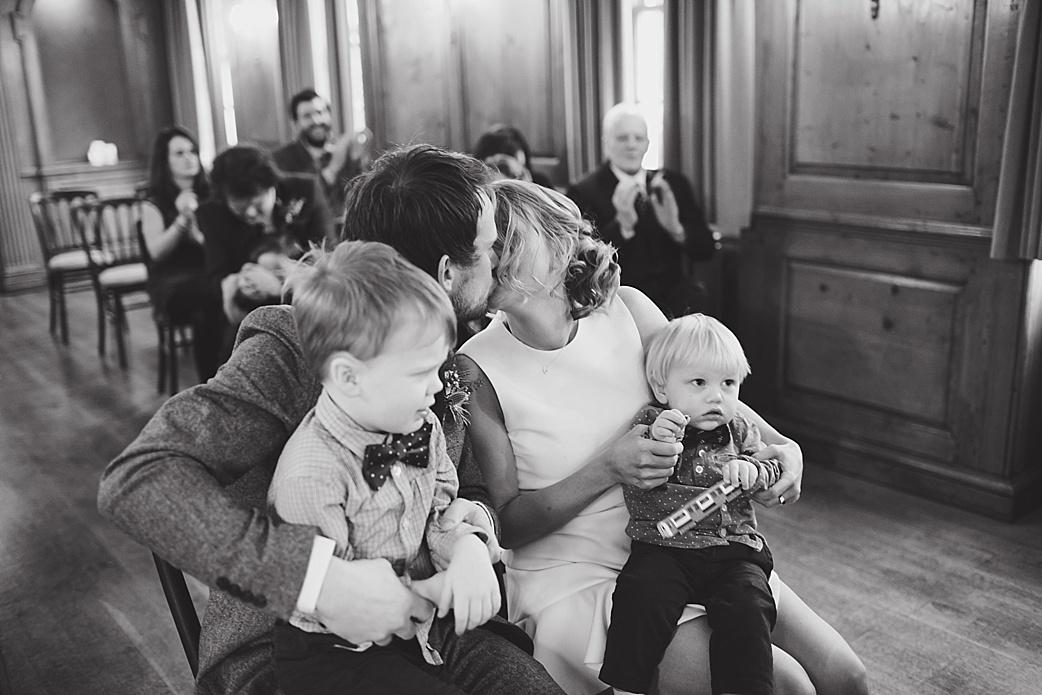 Family first kiss - burgh house