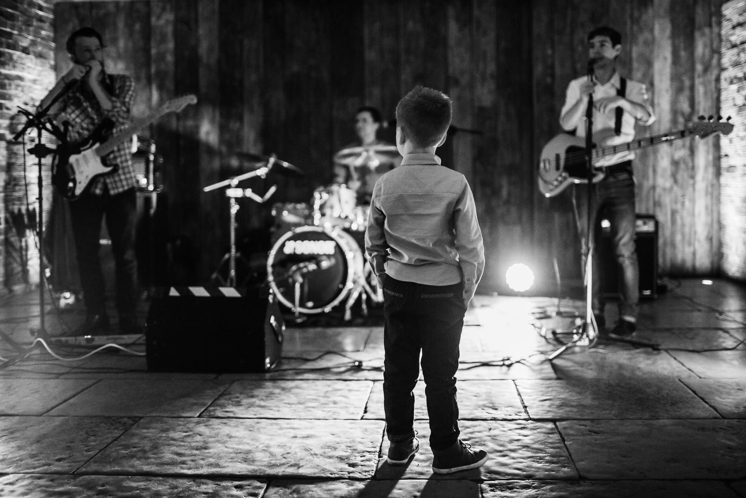 Shustoke Barn wedding band - wedding band - shustoke wedding photographer