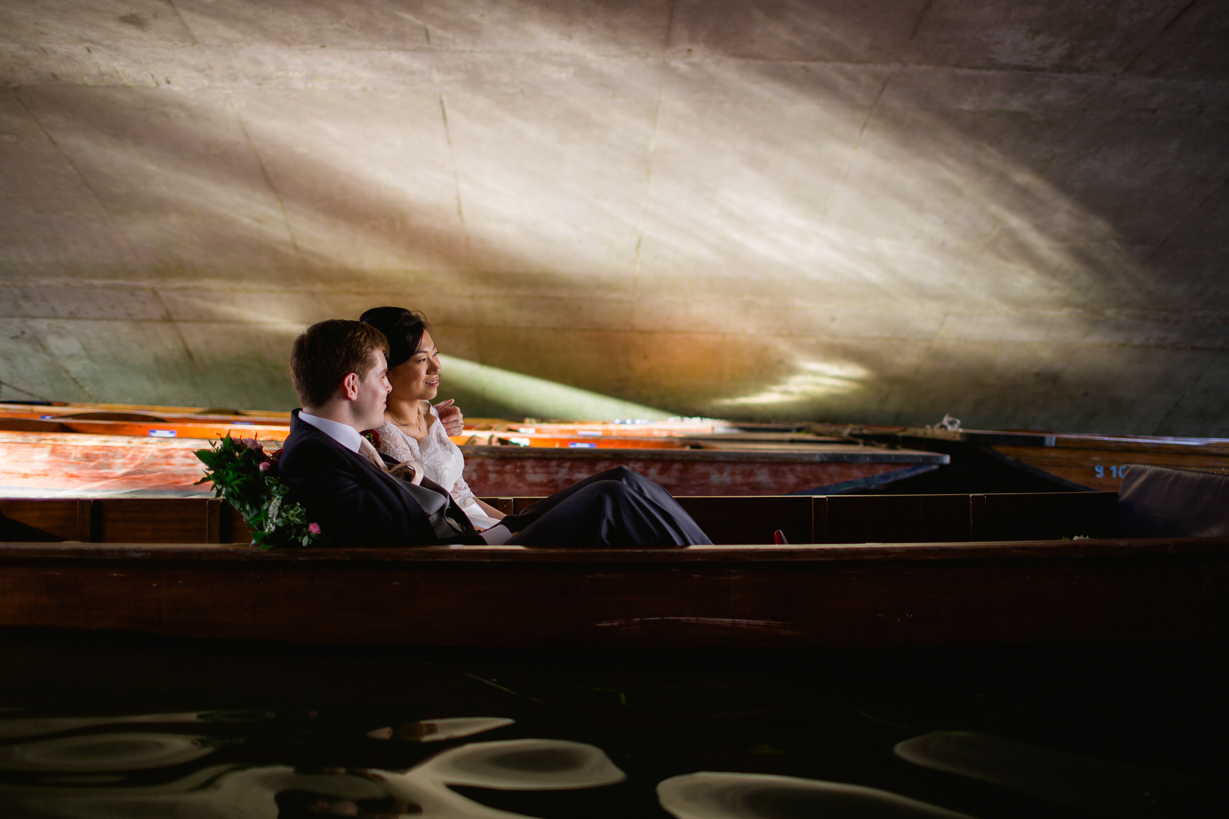 wedding punting in Cambridge - Cambridge wedding - Kings College wedding