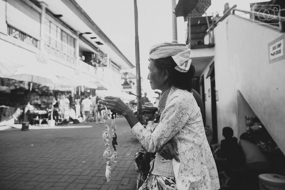 balitravelubudphotographyvacationindonesiakutavolcanoscooterrental-31.jpg
