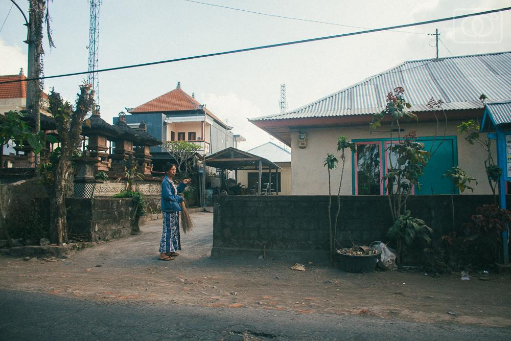 balitravelubudphotographyvacationindonesiakutavolcanoscooterrental-57.jpg