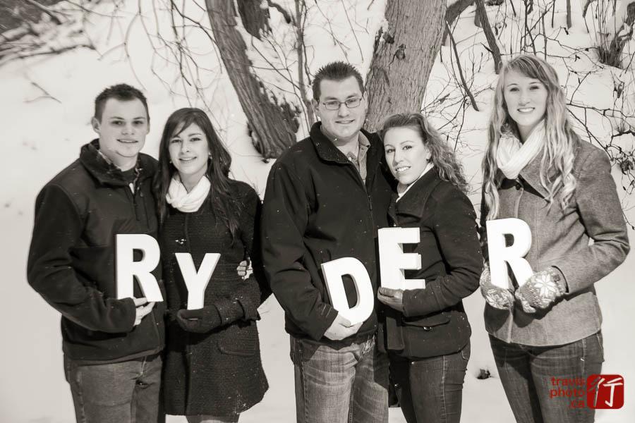 15-12-13_Ryder Family51-420.jpg