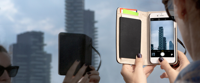 iPhone 6 meets the Moleskine Notbook