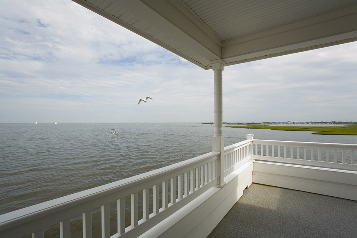 Porch & Gull, Barnegut Bay