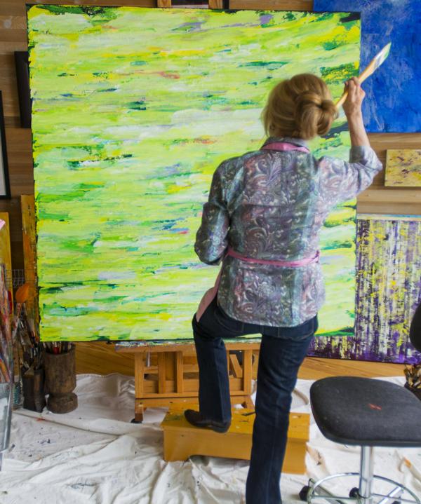 Susan-Swartz-in-Park-City-Studio-March-2013.png