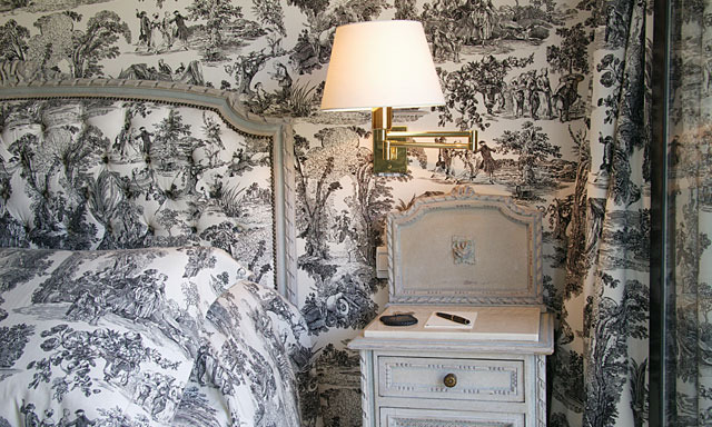 ARTICLE: Toile de Joy | You Either Love It Or Hate It | Image Source:  Eclectic Revisited  | CLICK TO READ... http://carlaaston.com/designed/toile-de-jouy-love-or-hate-design-pattern