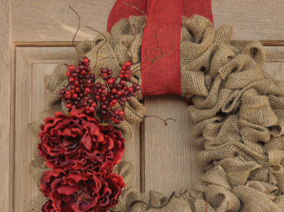 Article + Gallery ➤ http://CARLAASTON.com/designed/decorating-with-burlap For The Love Of Burlap | The Holiday's Hottest Decorating Tool (Image Source: Whimsy Chic Designs - KWs: decor, tutorial, DIY, Christmas, wreath)