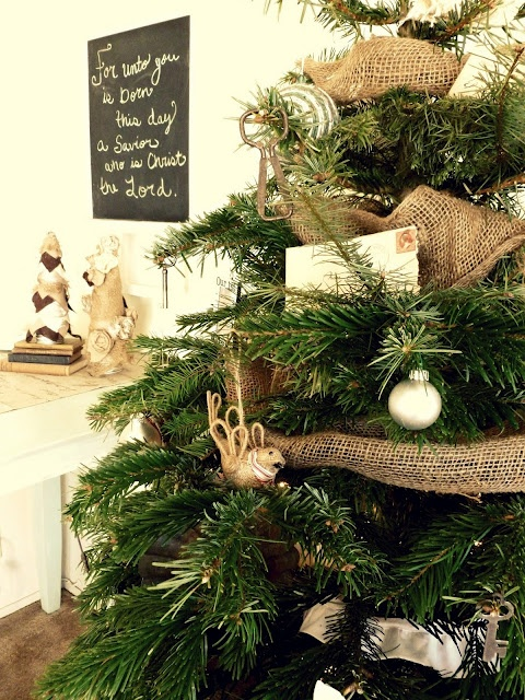 Article + Gallery ➤ http://CARLAASTON.com/designed/decorating-with-burlap For The Love Of Burlap | The Holiday's Hottest Decorating Tool (Image Source: Burlap And Buttons - KWs: decor, tutorial, DIY, Christmas, tree)