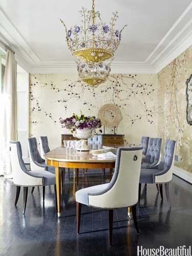 Article + Gallery ➤ http://CARLAASTON.com/designed/lighting-makes-artistic-statement When Lighting Makes A Design's Artistic Statement - Image Source: House Beautiful (KWs: light art, chandelier )